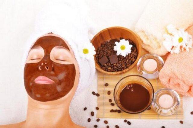 Masque au café et yaourt pour la peau pour en finir avec les points noirs naturellement